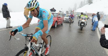 Fabio Aru sucede a Marco Pantani