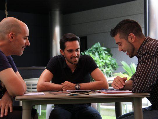Titulares de la entrevista con Alberto Contador