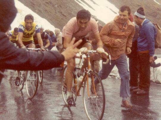 """Merckx, el esprinter belga que mutó en caníbal. """"Diario italiano"""" de Merckx"""
